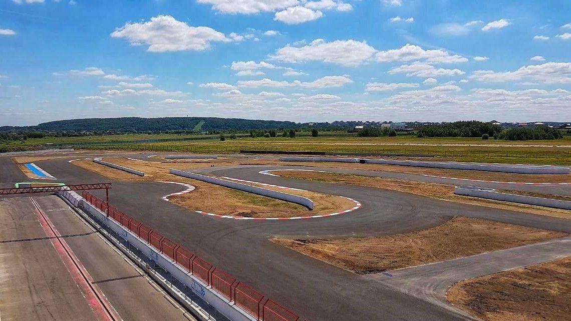Первые гонки на ADM Raceway станут праздником